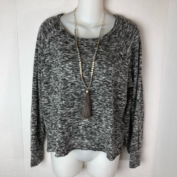 c18065bb34 American Eagle Outfitters Sweaters - AEO Soft   Sexy Plush Marled Sweater  Top Pullover